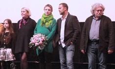Беременная Екатерина Вилкова вышла в свет