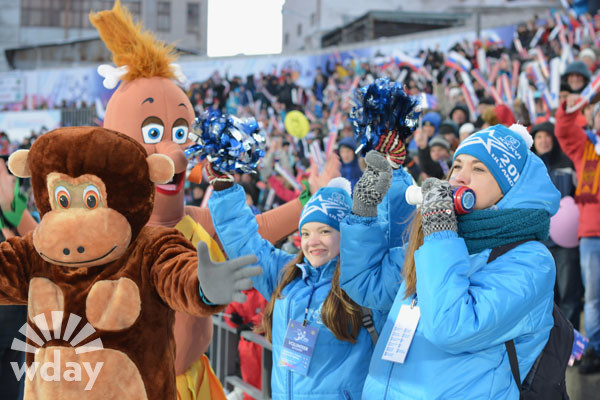 Россияне стали десятикратными чемпионами мира по хоккею с мячом