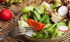 Под соусом: лучшие заправки для весенних салатов