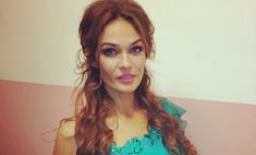 Алена Водонаева ненавидит декольте