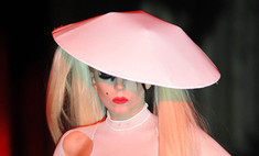 Леди ГаГа стала звездой модного показа