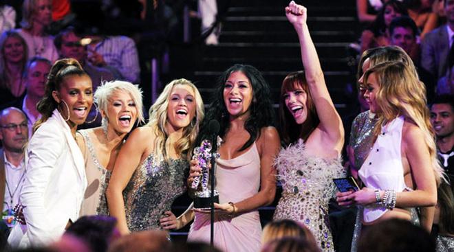 The Pussycat Dolls получили приз в категории «лучшее танцевальное видео» (When I Grow Up)