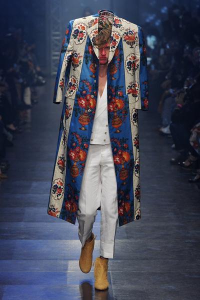 Неделя моды в Париже: день пятый   галерея [3] фото [4]