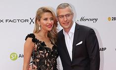 Архарова появилась на закрытии «Кинотавра» с новым спутником