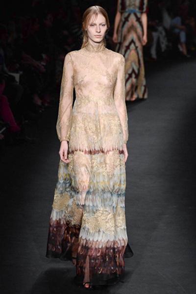 Неделя моды в Париже: показ Valentino ready-to-wear осень — зима 2015-2016 | галерея [1] фото [5]