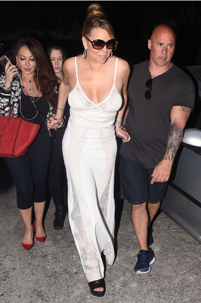 Мэрайя Кэри без нижнего белья: фото