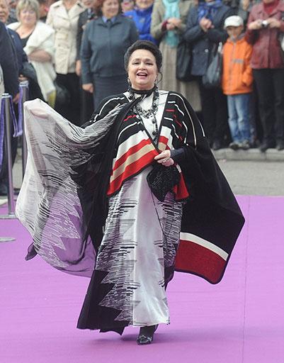 Народная артистка Украины Раиса Недашковская