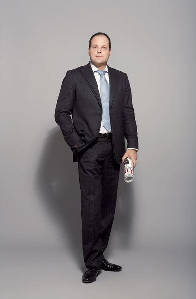 Вся одежда – собственность Олега