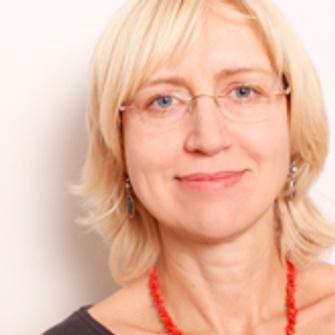 Лариса Харланова, клинический психолог, аналитический психолог, член Московской ассоциации аналитической психологии (МААП)