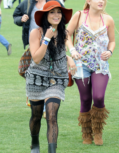 Ванесса Хадженс (Vanessa Hudgens) на музыкальном фестивале Coachella 2012