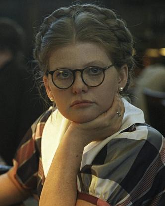 Фото №1 - 30-летние в СССР и сейчас: вы не поверите, что эти женщины одного возраста