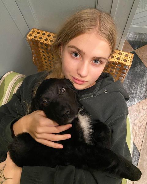 Фото №1 - Барышня-крестьянка: единственной дочери Натальи Водяновой исполнилось 15 лет