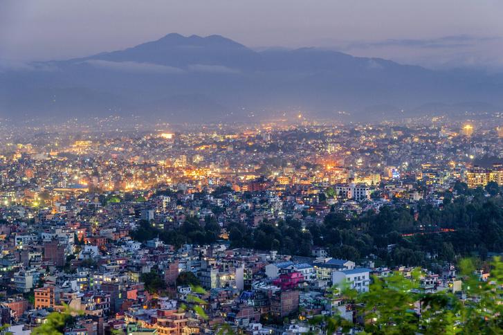 Фото №1 - Какой город наиболее опасен при землетрясении?