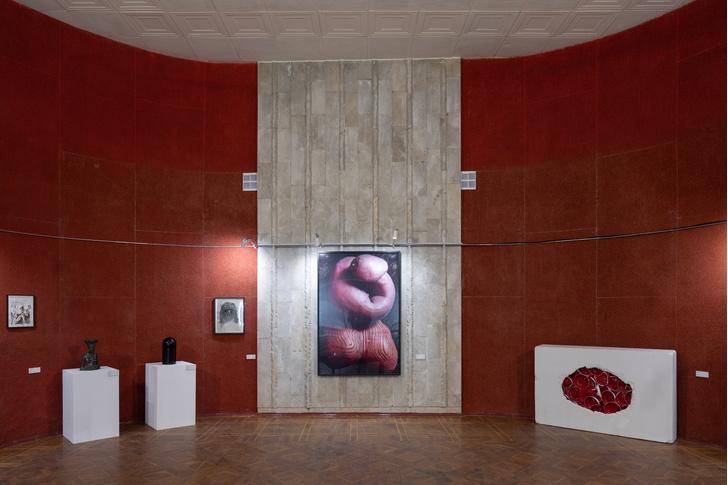Фото №2 - «В холодном климате, с любовью»: выставка работ из коллекции Андрея Малахова