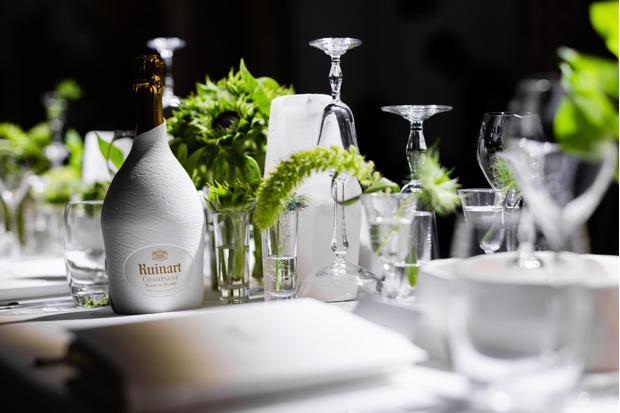Фото №1 - Екатерина Мухина, Мари Коберидзе и другие гости на ужине Ruinart