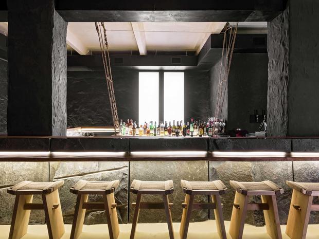 Фото №4 - Современный бар в стиле ваби-саби в Минске