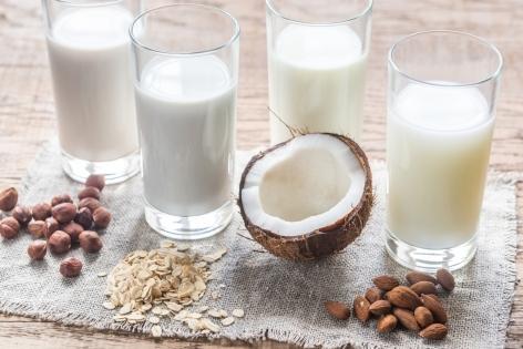Аллергия на молоко: какое растительное молоко выбрать