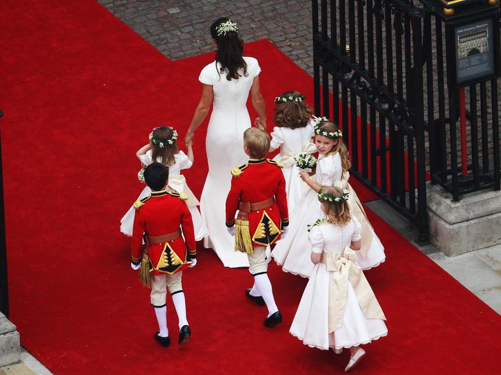 Фото №2 - Самая трогательная деталь свадьбы Уильяма и Кейт, на которую мало кто обратил внимание