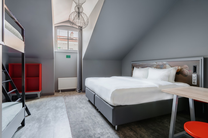 Фото №5 - Новый отель Holiday Inn в Санкт-Петербурге
