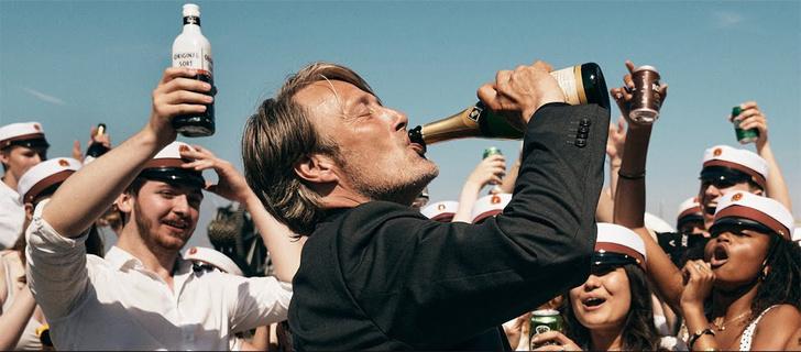 Фото №1 - Лучшие алкогольные фильмы, после которых хочется пить еще больше