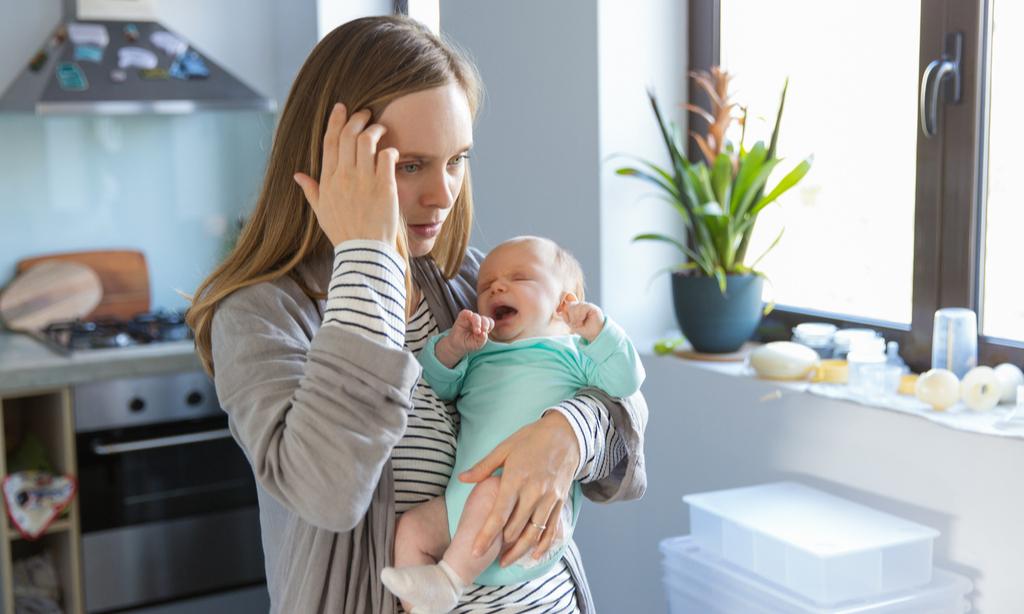 Рефлюкс у грудных детей: что делать, если младенец срыгивает слишком часто