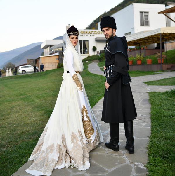 Фото №10 - Нюша, Меладзе, Пресняков и другие свадьбы 2017 года