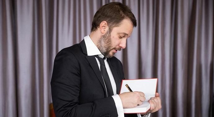 Литературно-театральный проект «БеспринцЫпные чтения» и Александр Цыпкин подготовили специальную программу на май