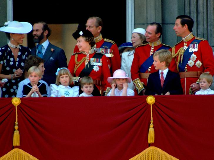 Фото №2 - Правнучка Королевы, которая никогда не появлялась на балконе Букингемского дворца (и на то есть веские причины)