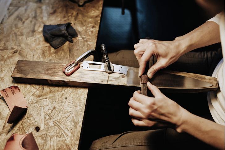 Фото №2 - Достать ножи: как бросить магистратуру и заняться производством кухонных ножей