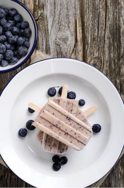 Фото №8 - Без мороженицы и лишних усилий: 10 рецептов домашнего мороженого