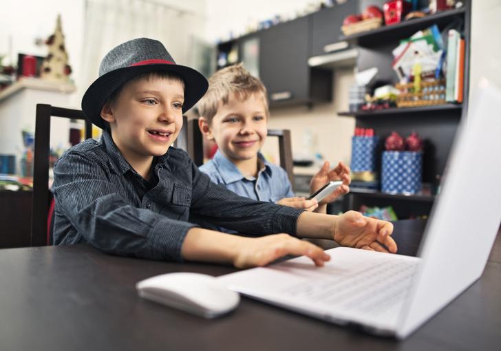 Фото №1 - Ребенок просит страничку в «Инстаграме»: что делать