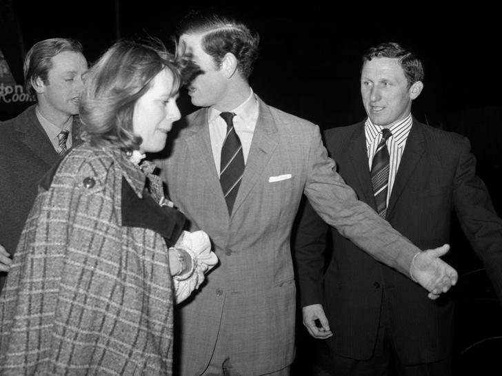 Фото №4 - Почему принцесса Анна не смогла выйти замуж за Эндрю Паркер-Боулза (и он женился на Камилле)