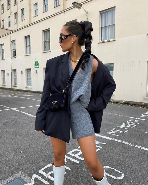 Фото №4 - По заветам блогеров: как носить тренд этого сезона — трикотажные жилеты