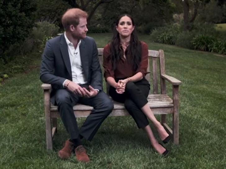 Фото №3 - Проблемы в раю: что не так с последним совместным видео Гарри и Меган