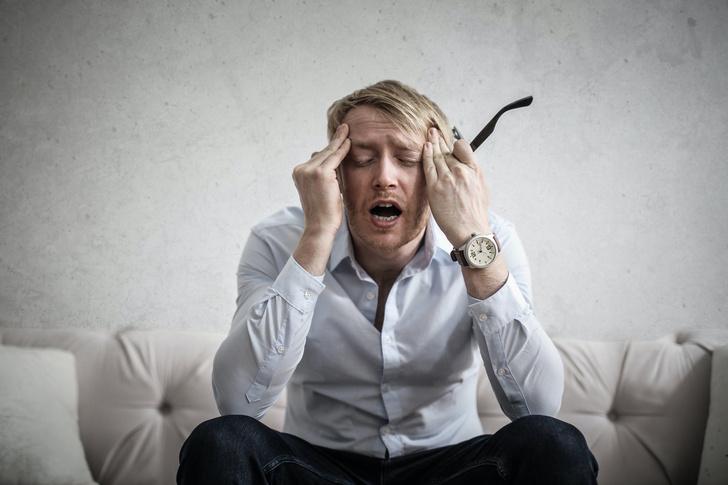 какая бывает головная боль и как погода и стресс влияют на приступы мигрени и боли