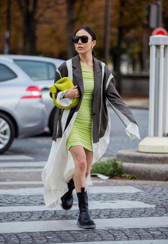 Фото №10 - Самая модная обувь сезона: где искать челси на платформе (и с чем их носить)