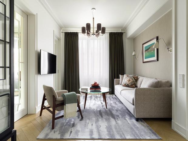 Фото №1 - Светлая квартира 58 м² с винтажной мебелью в Москве