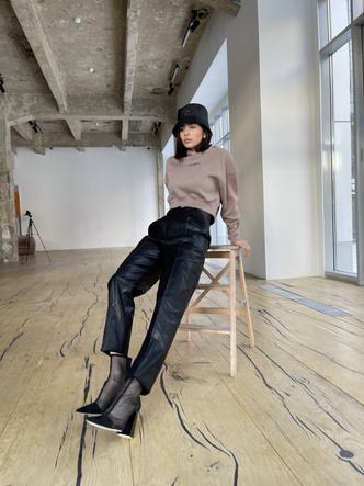 Фото №4 - Как носить худи и выглядеть стильно: 6 свежих фэшн-идей от основателей MANEKEN BRAND