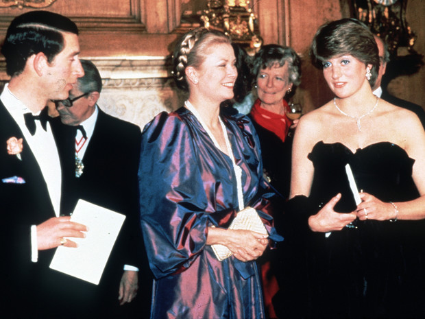 Фото №3 - Разъяренная принцесса: что Чарльз запретил делать Диане (а Королева разрешила)