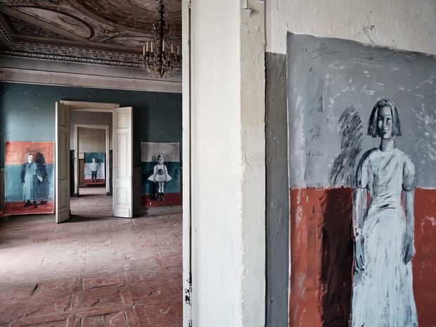 Фото №2 - «Белая школа»: выставка Екатерины Рожковой в усадьбе в Калужской области