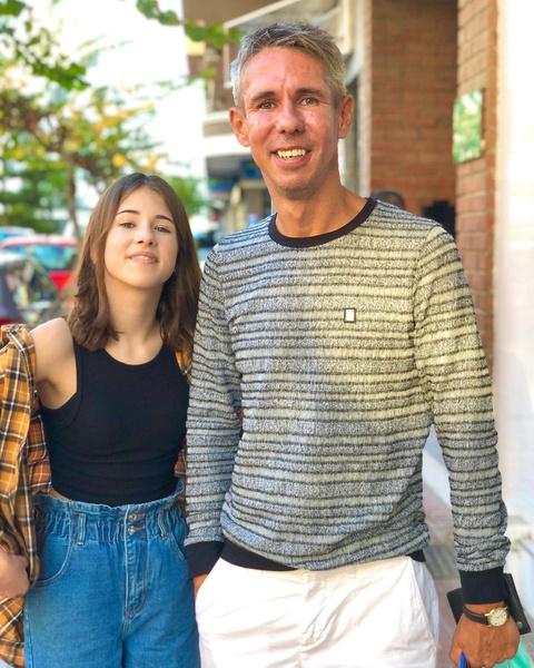 Фото №1 - Не хочет даже слышать о маме: дочь Панина объяснила, почему живет с отцом