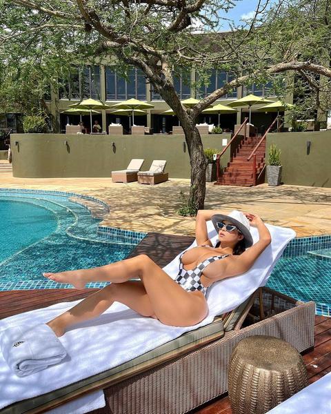 Деми Роуз: формы, купальники, вторая Кардашьян, фото 2020