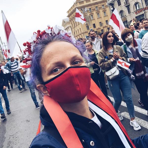 Фото №17 - Самый красивый протест в мире: истории белорусских женщин, восставших против ОМОНа