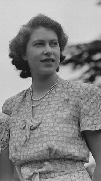 Фото №3 - Первая любовь Королевы: за кого Елизавета могла выйти замуж вместо принца Филиппа (и почему этого не произошло)