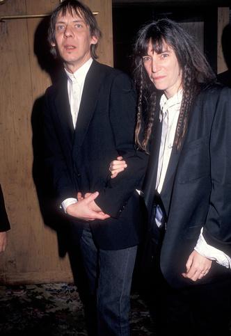 Фото №22 - Королевы рока: самые стильные жены и подруги культовых рок-звезд