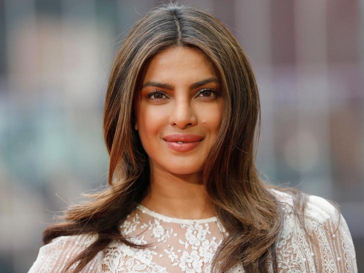 Фото №2 - Голливуд, подвинься: 7 потрясающих звезд индийского кино