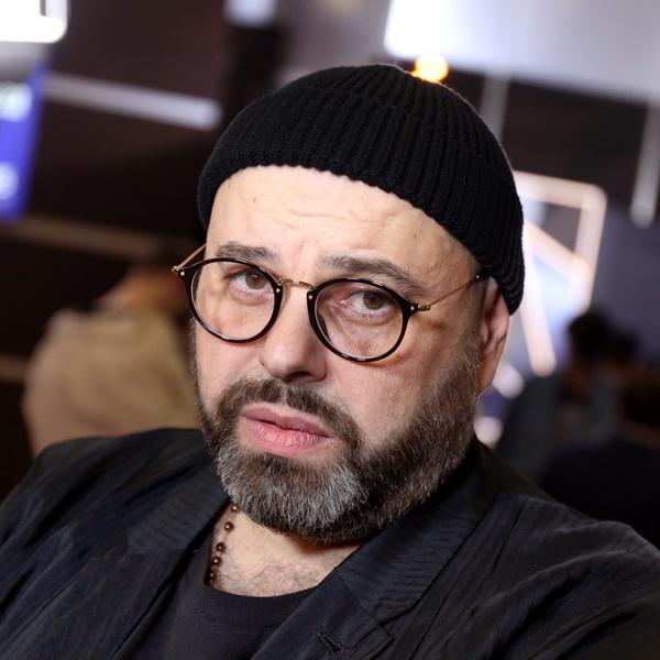 Фото №1 - Максиму Фадееву— 53: почему звезды со скандалом сбегали от продюсера