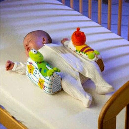 Фото №8 - Нос для подгузника и еще 13 бесполезных покупок для мам и малышей
