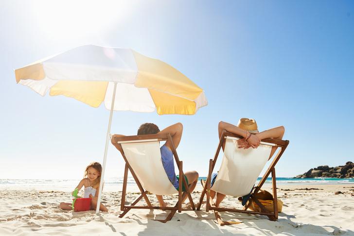 мамы с детьми на пляже, мамы с детьми бесят на пляже, правила поведения на пляже, как вести себя на пляже,