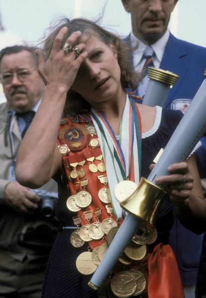 Фото №14 - Петля на собственной шее: как великая советская гимнастка Ольга Корбут отреклась от тренера, страны и своих олимпийских побед